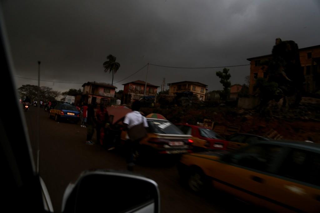 Freetown al amanecer, en medio de una epidemia de ébola. Enero de 2015. | AGUS MORALES